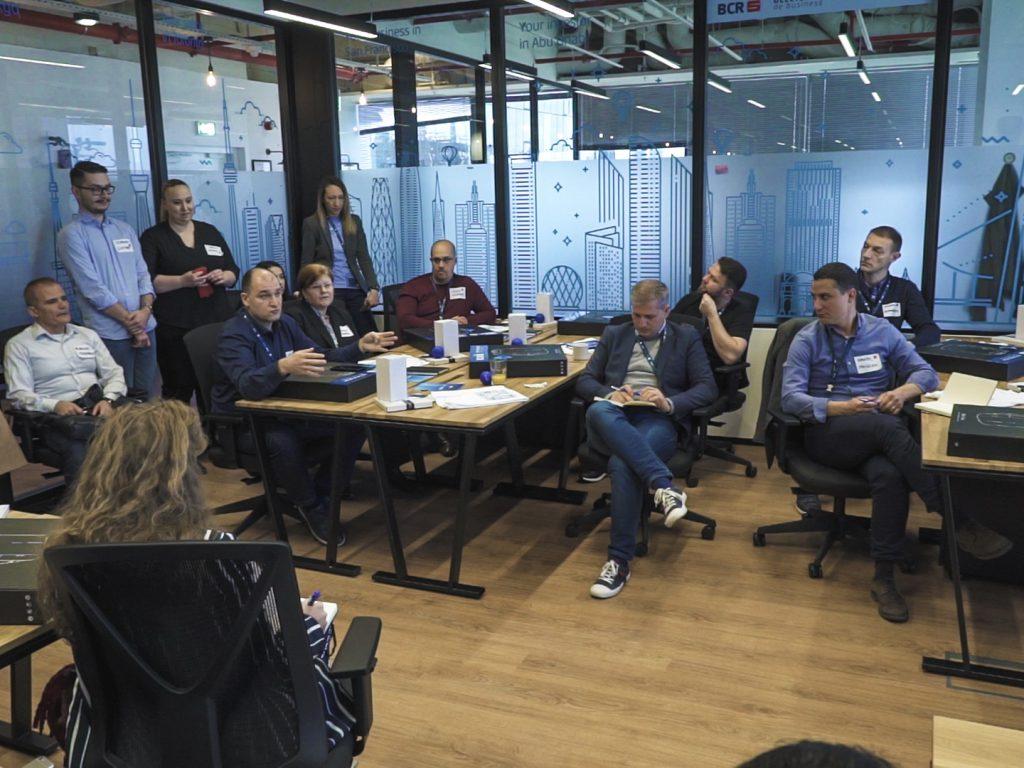 Acceleratorul BCR-InnovX pornește înscrierile pentru Grinders, a doua cohortă de start-up-uri din tehnologie